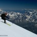2007 07-280 Alvaro descendiendo el Elbrus_1